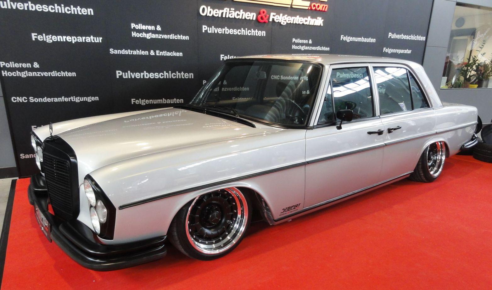 Mercedes benz 220 se deutschland retro classics for Mercedes benz retro
