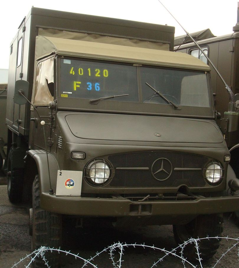 mercedes unimog s allemagne arm es v hicule militaire mercedes unimog deutschland. Black Bedroom Furniture Sets. Home Design Ideas