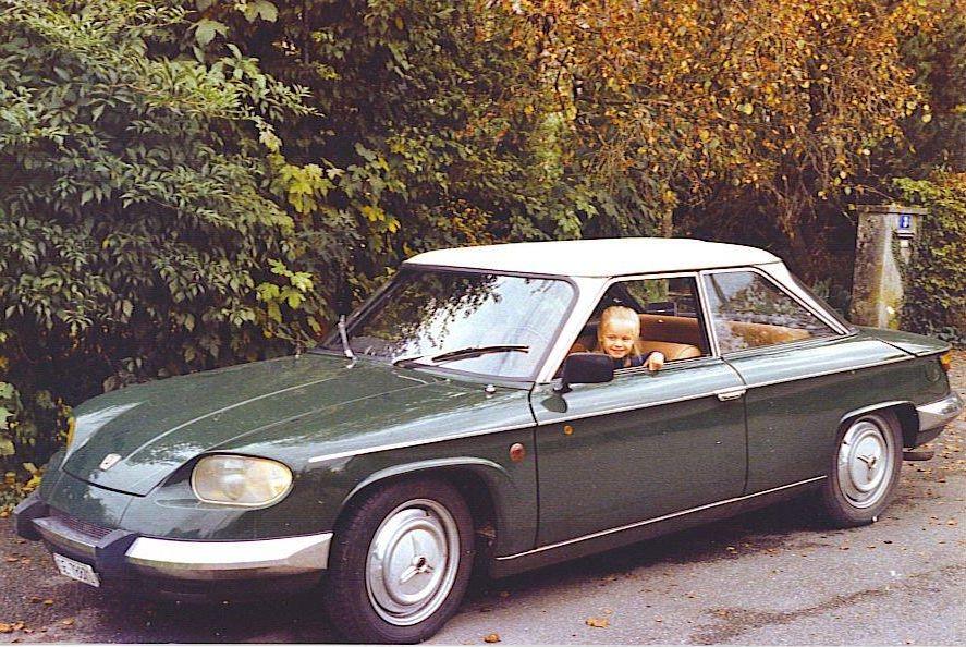panhard-24bt-1965-clemeentine-au-volant-9188