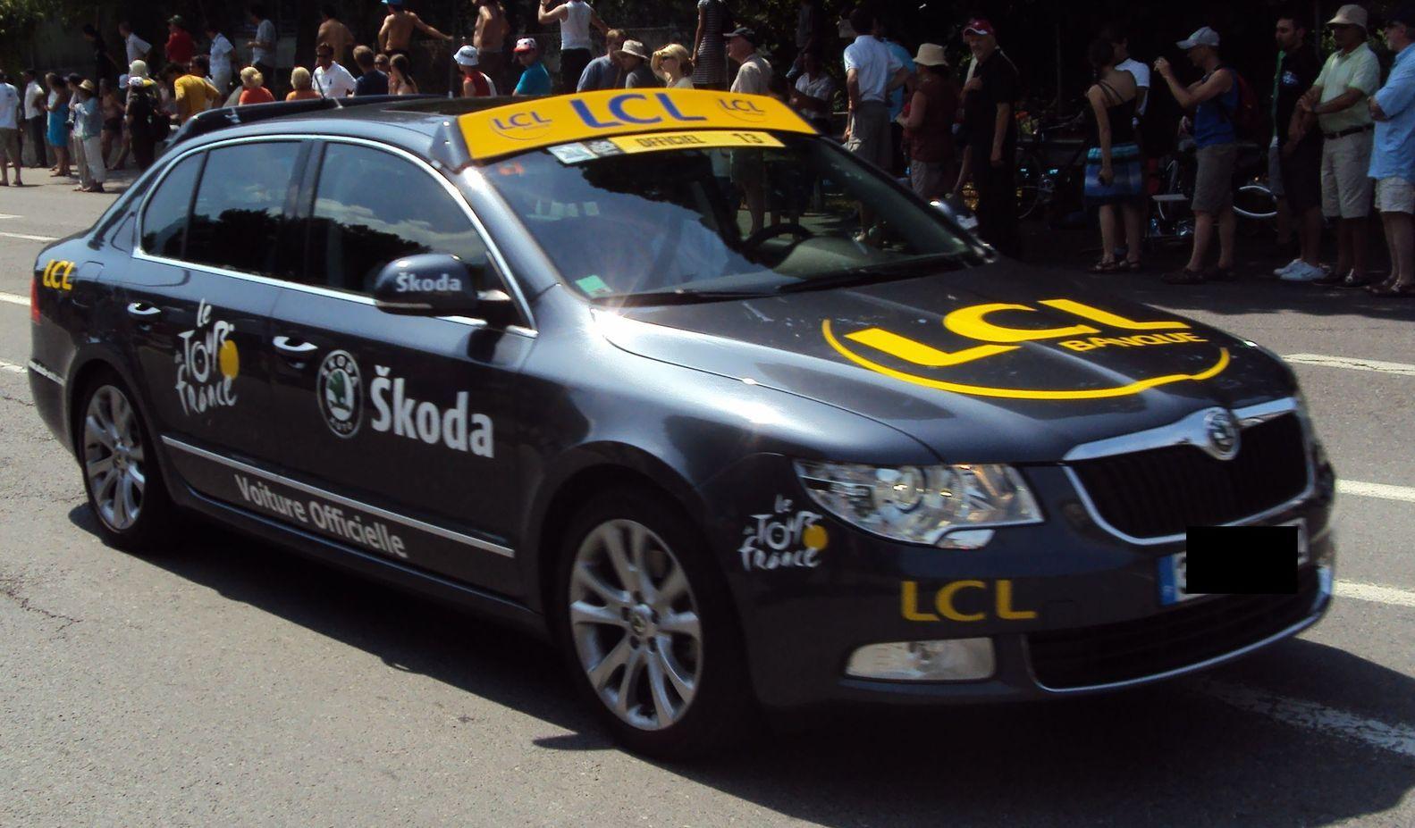 skoda tour de france ete 2010 lcl voiture de tourisme skoda cz autoalmanach partage de. Black Bedroom Furniture Sets. Home Design Ideas